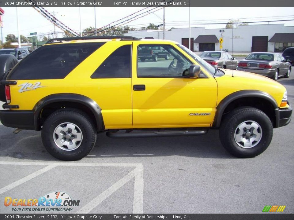 2004 chevrolet blazer ls zr2 yellow graphite gray photo 7 sexy girl and car photos. Black Bedroom Furniture Sets. Home Design Ideas