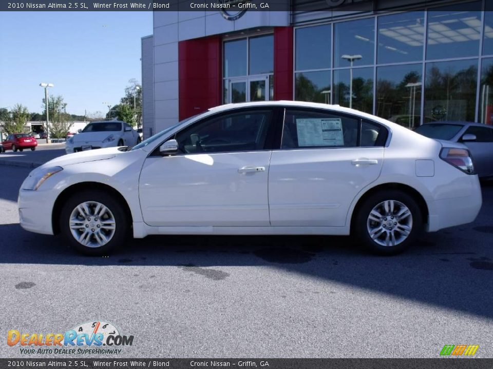 2010 nissan altima 2 5 sl winter frost white blond photo 2. Black Bedroom Furniture Sets. Home Design Ideas