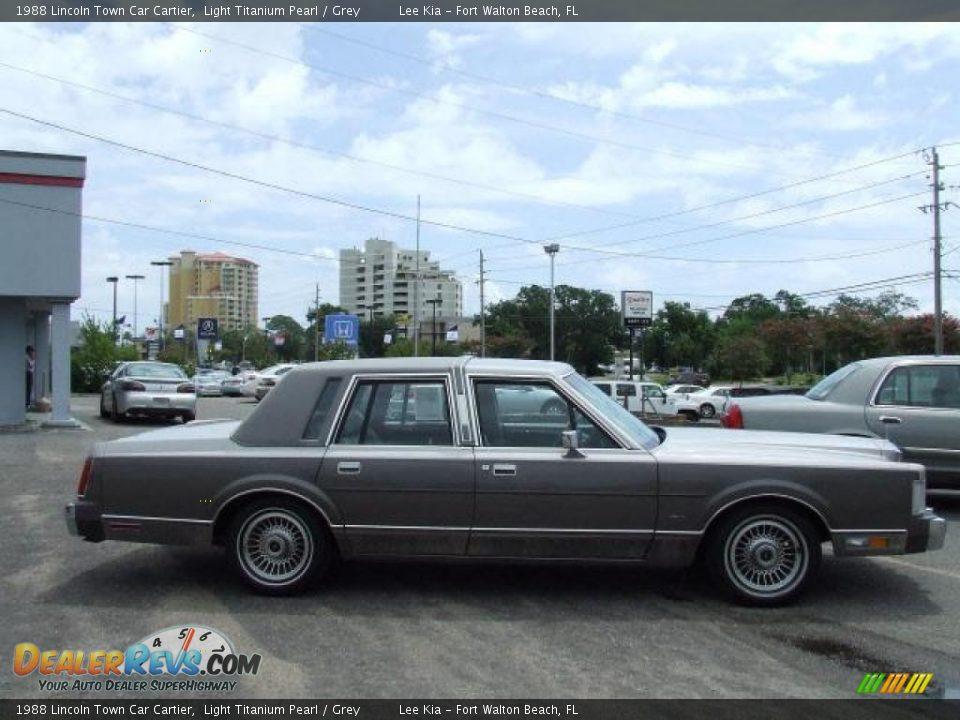 1988 Lincoln Town Car Cartier Light Titanium Pearl Grey Photo 3 Dealerrevs Com