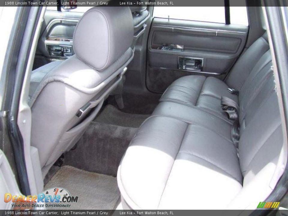 1988 lincoln town car cartier light titanium pearl grey photo 6. Black Bedroom Furniture Sets. Home Design Ideas