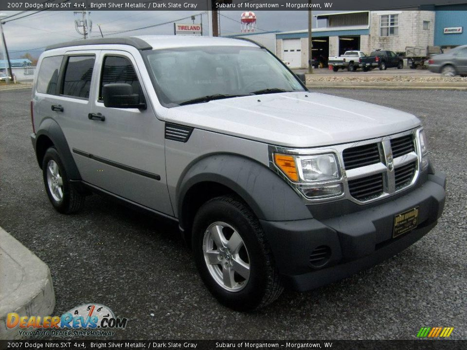 2007 dodge nitro sxt 4x4 bright silver metallic dark slate gray photo 7. Black Bedroom Furniture Sets. Home Design Ideas