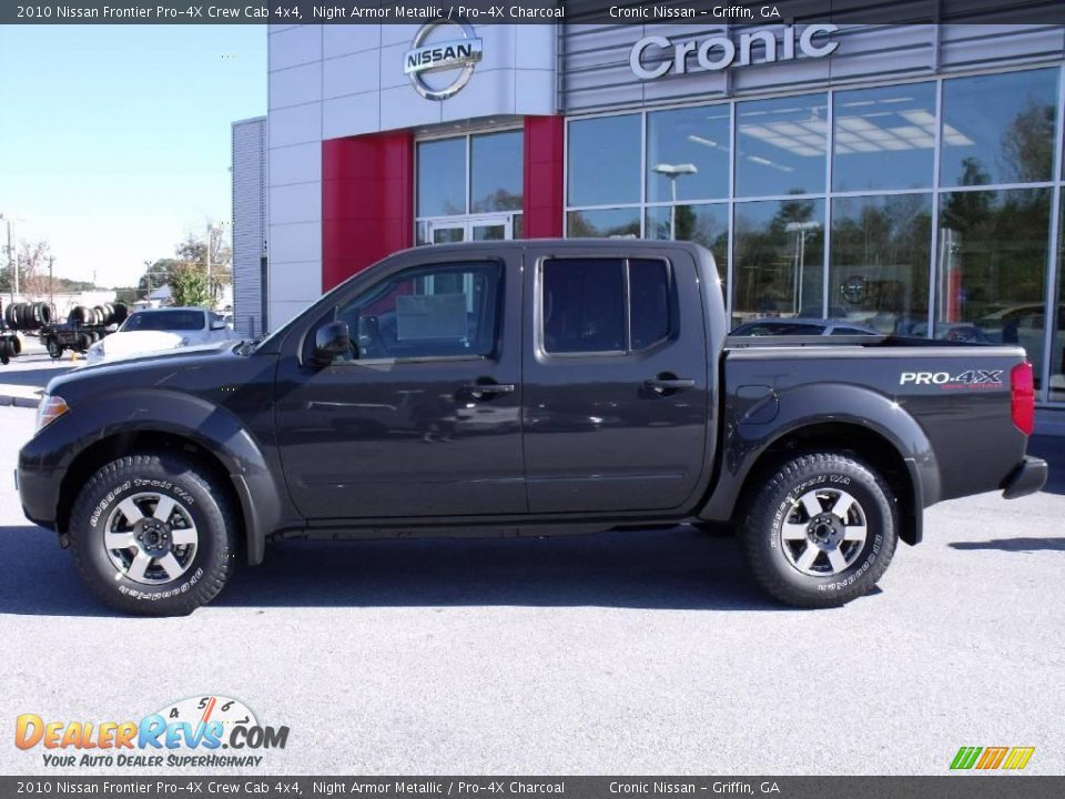 2010 nissan frontier pro 4x crew cab 4x4 night armor metallic pro 4x charcoal photo 2. Black Bedroom Furniture Sets. Home Design Ideas