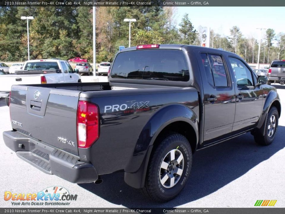 2010 nissan frontier pro 4x crew cab 4x4 night armor metallic pro 4x charcoal photo 5. Black Bedroom Furniture Sets. Home Design Ideas