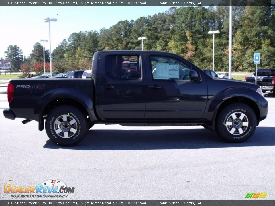 2010 nissan frontier pro 4x crew cab 4x4 night armor metallic pro 4x charcoal photo 6. Black Bedroom Furniture Sets. Home Design Ideas