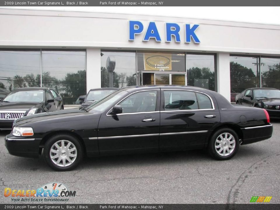 2009 lincoln town car signature l black black photo 18 for State motors lincoln dealer manchester nh