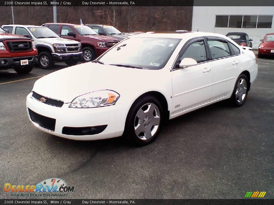 2006 chevrolet impala ss white gray photo 3. Black Bedroom Furniture Sets. Home Design Ideas