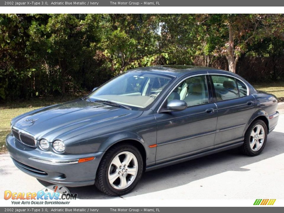 2002 jaguar x type 3 0 adriatic blue metallic ivory photo 1. Black Bedroom Furniture Sets. Home Design Ideas