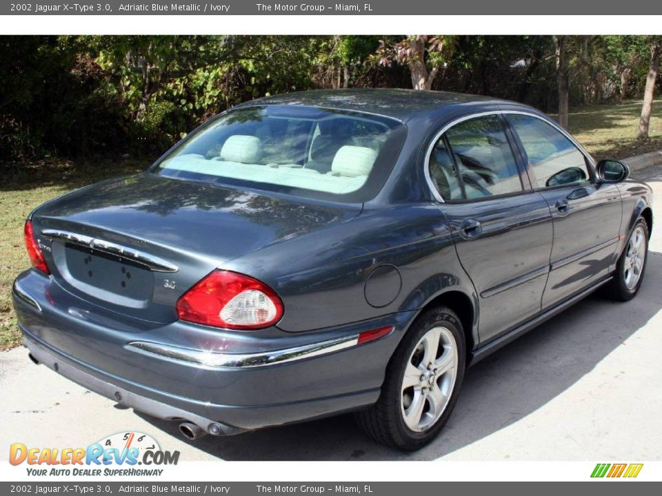 2002 jaguar x type 3 0 adriatic blue metallic ivory photo 6. Black Bedroom Furniture Sets. Home Design Ideas