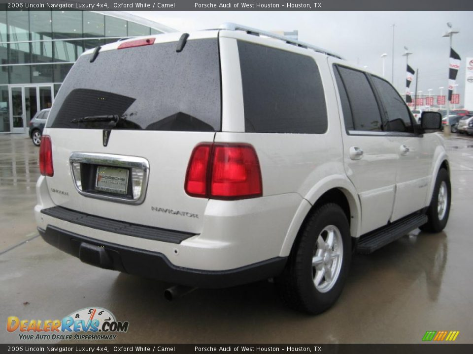 2006 lincoln navigator luxury 4x4 oxford white camel. Black Bedroom Furniture Sets. Home Design Ideas