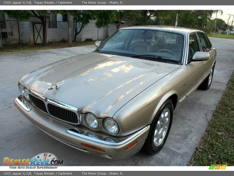 2002 Jaguar XJ XJ8 Topaz Metallic / Cashmere Photo #26