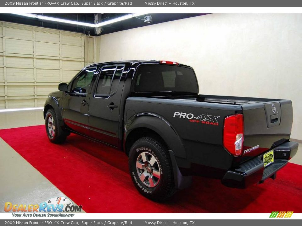 2009 nissan frontier pro 4x crew cab super black graphite red photo 4. Black Bedroom Furniture Sets. Home Design Ideas