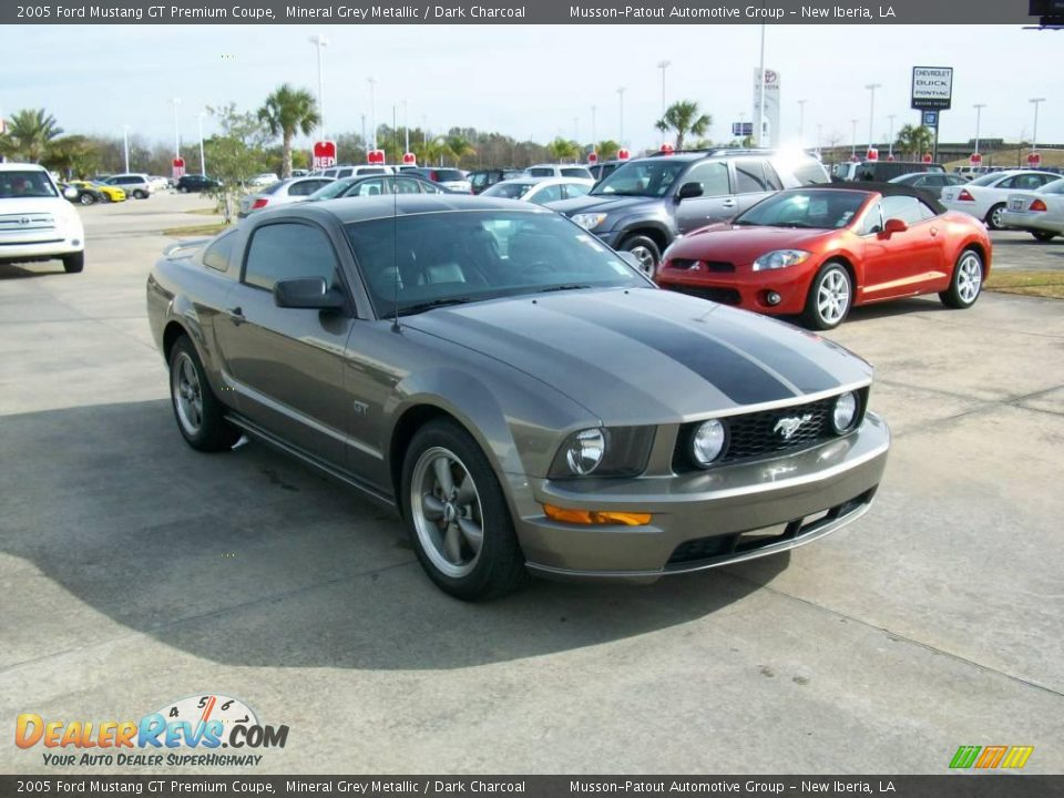 2005 ford mustang gt premium coupe mineral grey metallic. Black Bedroom Furniture Sets. Home Design Ideas