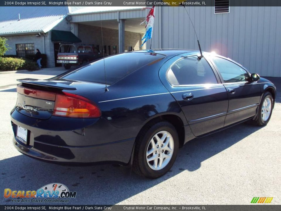 2004 Dodge Intrepid SE Midnight Blue Pearl / Dark Slate Gray Photo #8 ...