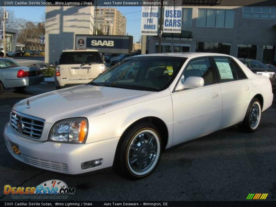 2005 cadillac deville sedan white lightning shale photo 9. Cars Review. Best American Auto & Cars Review