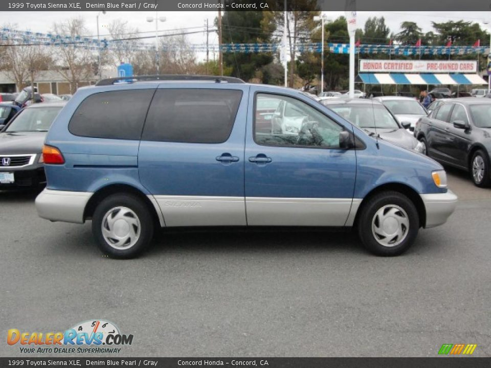 1999 Toyota Sienna Xle Denim Blue Pearl Gray Photo 2