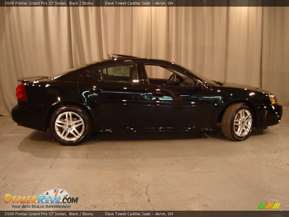 2006 pontiac grand prix gt sedan black ebony photo 7. Black Bedroom Furniture Sets. Home Design Ideas