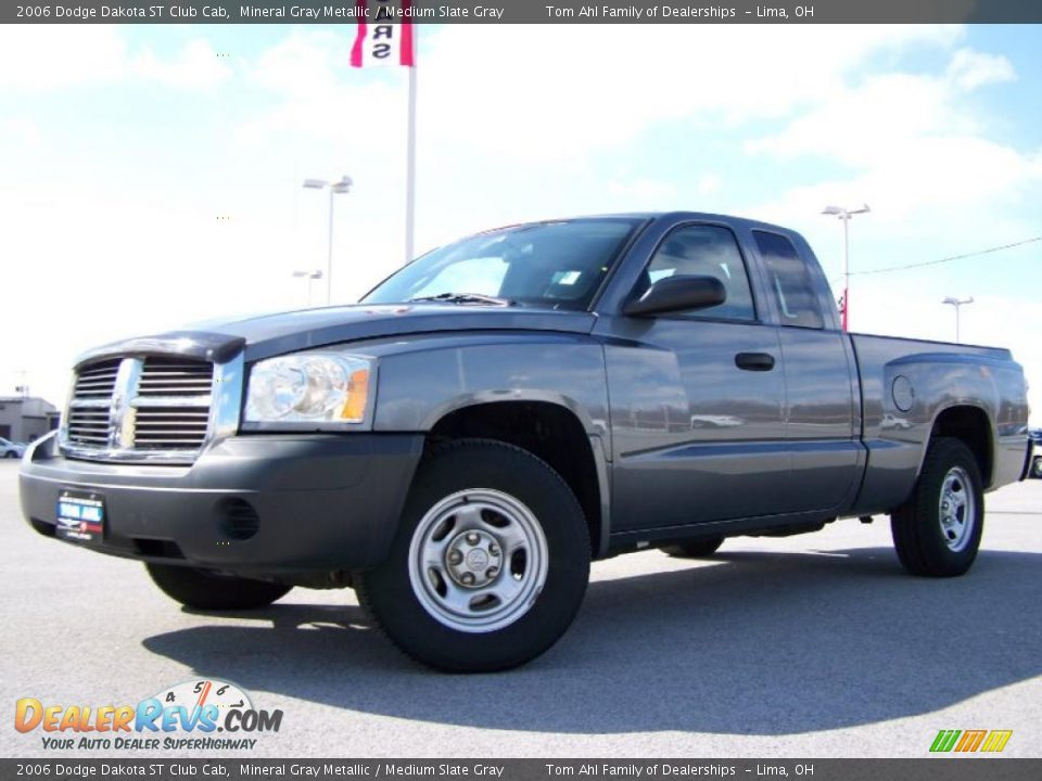 2006 dodge dakota st club cab mineral gray metallic medium slate gray photo 5. Black Bedroom Furniture Sets. Home Design Ideas