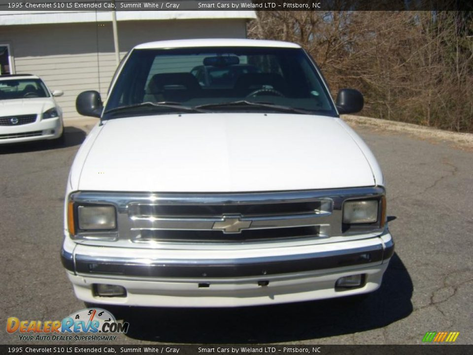 1995 chevrolet s10 ls extended cab summit white gray photo 2. Black Bedroom Furniture Sets. Home Design Ideas
