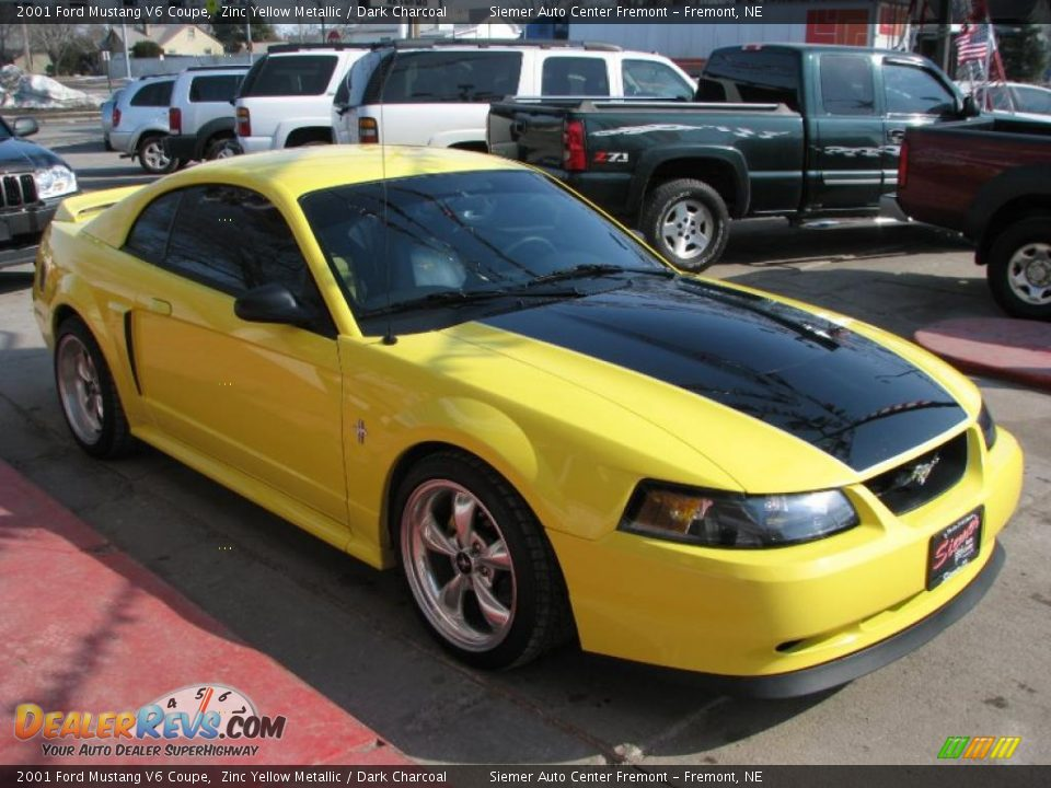 2001 ford mustang v6 coupe zinc yellow metallic dark. Black Bedroom Furniture Sets. Home Design Ideas