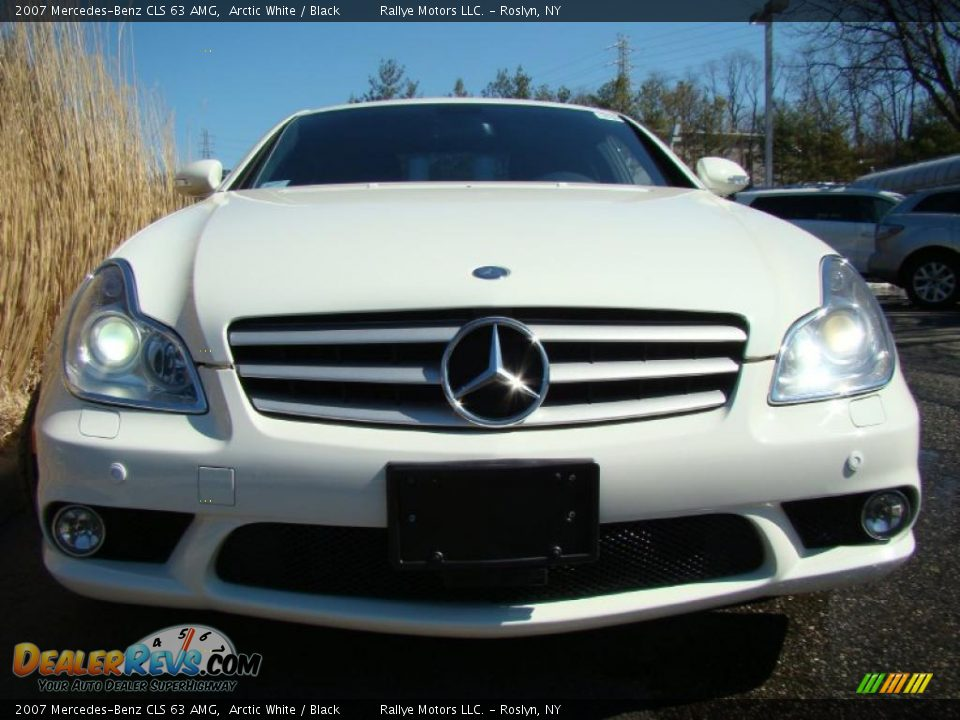 2007 mercedes benz cls 63 amg arctic white black photo. Black Bedroom Furniture Sets. Home Design Ideas