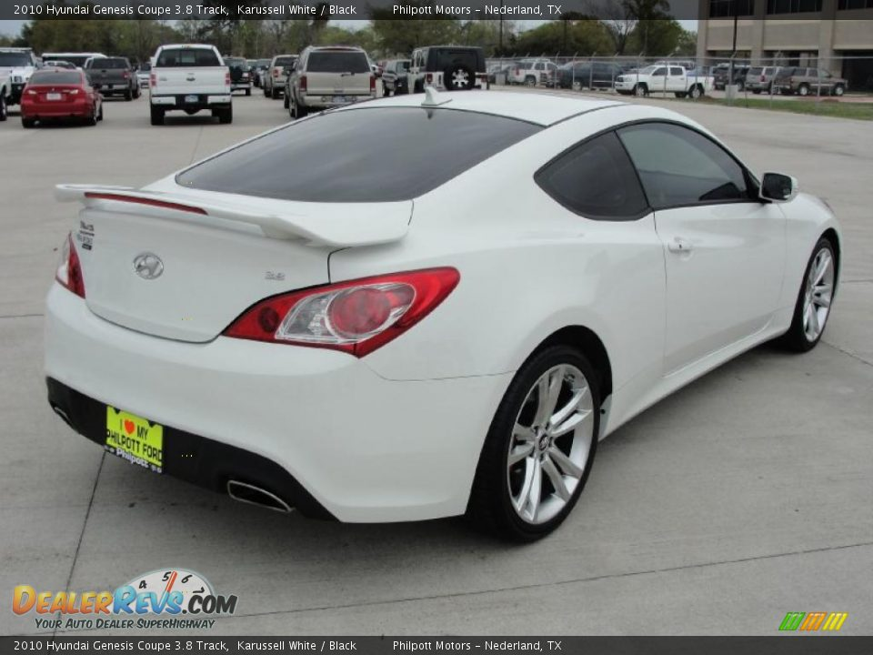 2010 hyundai genesis coupe 3 8 track karussell white black photo 3. Black Bedroom Furniture Sets. Home Design Ideas