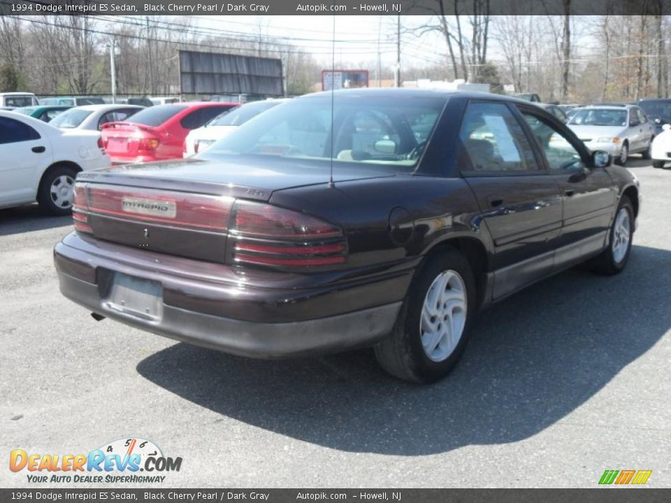1994 Dodge Intrepid ES Sedan Black Cherry Pearl / Dark Gray Photo #5 ...
