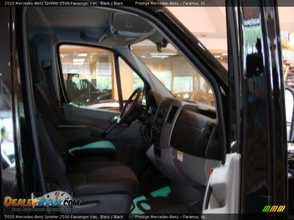 2010 Mercedes Benz Sprinter 2500 Passenger Van Black