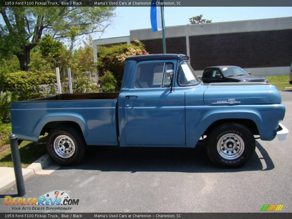1959 Ford F100 Pickup Truck Blue / Black Photo #33