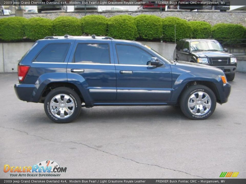 2009 jeep grand cherokee overland 4x4 modern blue pearl light graystone royale leather photo. Black Bedroom Furniture Sets. Home Design Ideas