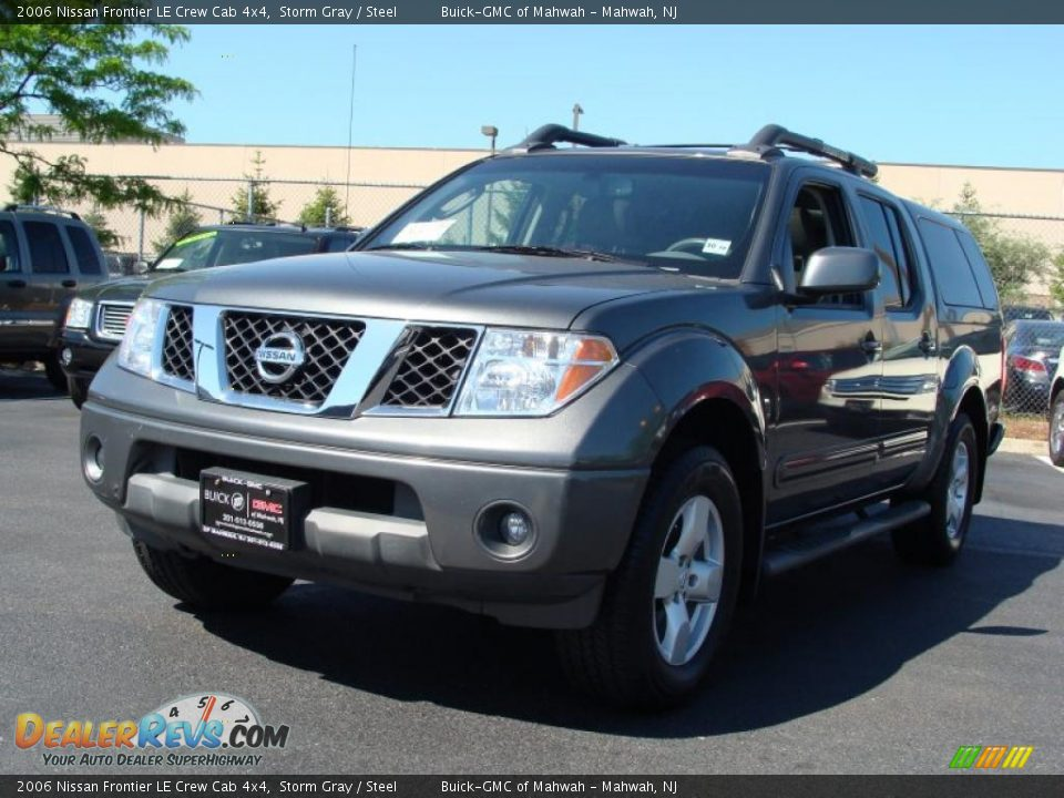 2006 nissan frontier le crew cab 4x4 storm gray steel photo 1. Black Bedroom Furniture Sets. Home Design Ideas