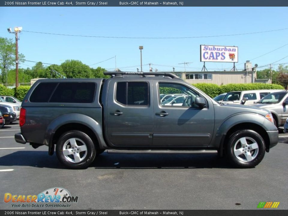2006 nissan frontier le crew cab 4x4 storm gray steel photo 8. Black Bedroom Furniture Sets. Home Design Ideas
