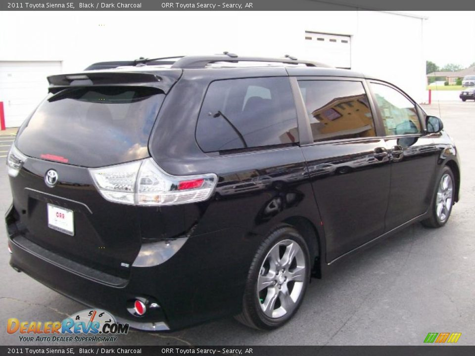 2011 toyota sienna se black dark charcoal photo 4. Black Bedroom Furniture Sets. Home Design Ideas