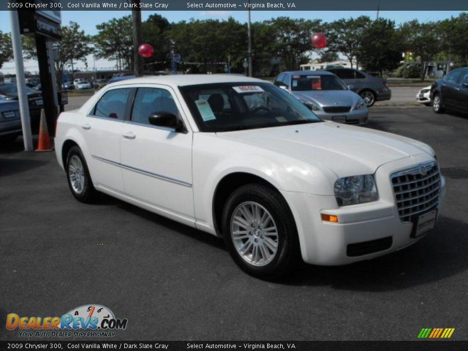 2009 Chrysler 300 Cool Vanilla White Dark Slate Gray