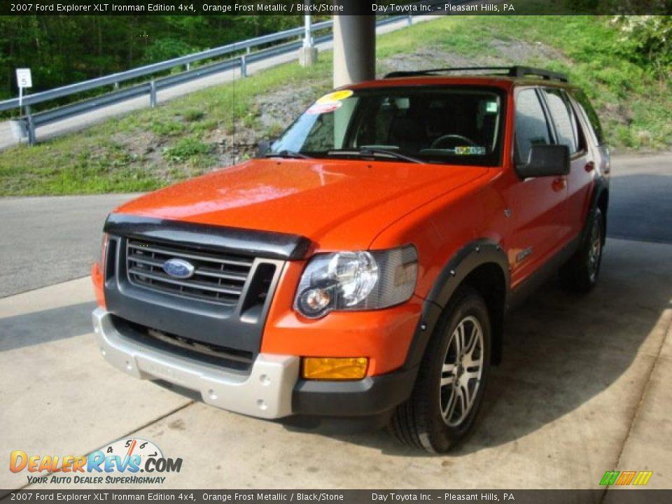 30077242on Ford Explorer Xlt