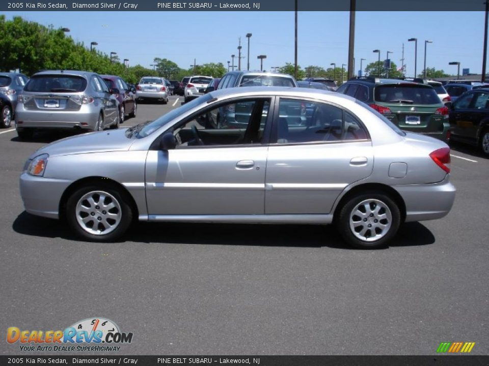 2005 Kia Rio Sedan Diamond Silver / Gray Photo #9 ...
