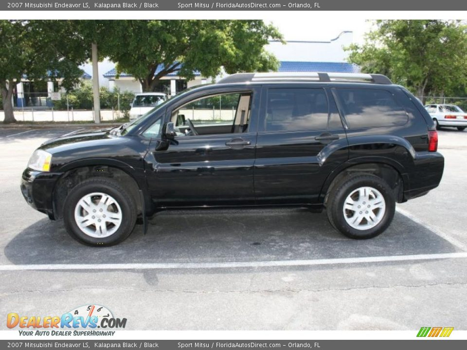 2007 Mitsubishi Endeavor LS Kalapana Black / Black Photo #8   DealerRevs.com