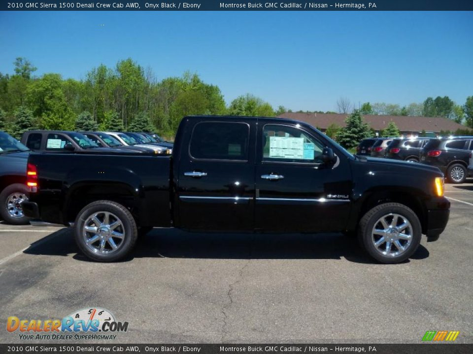 2010 gmc sierra 1500 denali crew cab awd onyx black ebony photo 4. Black Bedroom Furniture Sets. Home Design Ideas