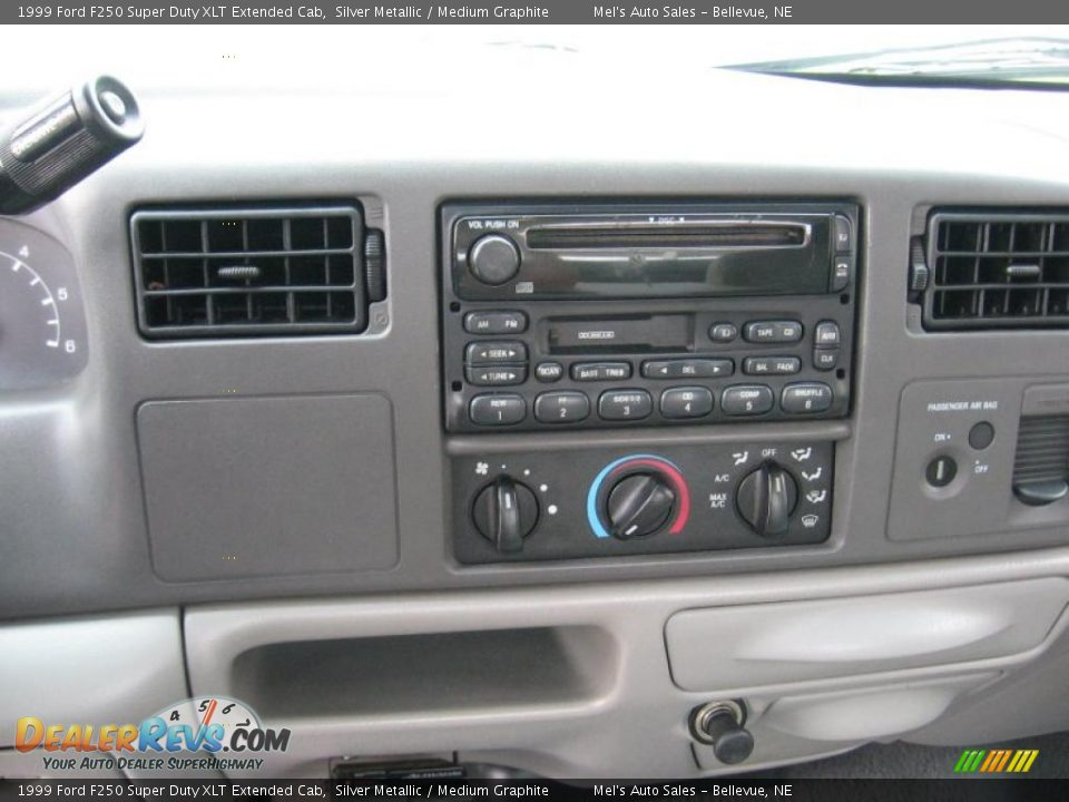 1999 Ford F250 Super Duty XLT Extended Cab Silver Metallic / Medium ...