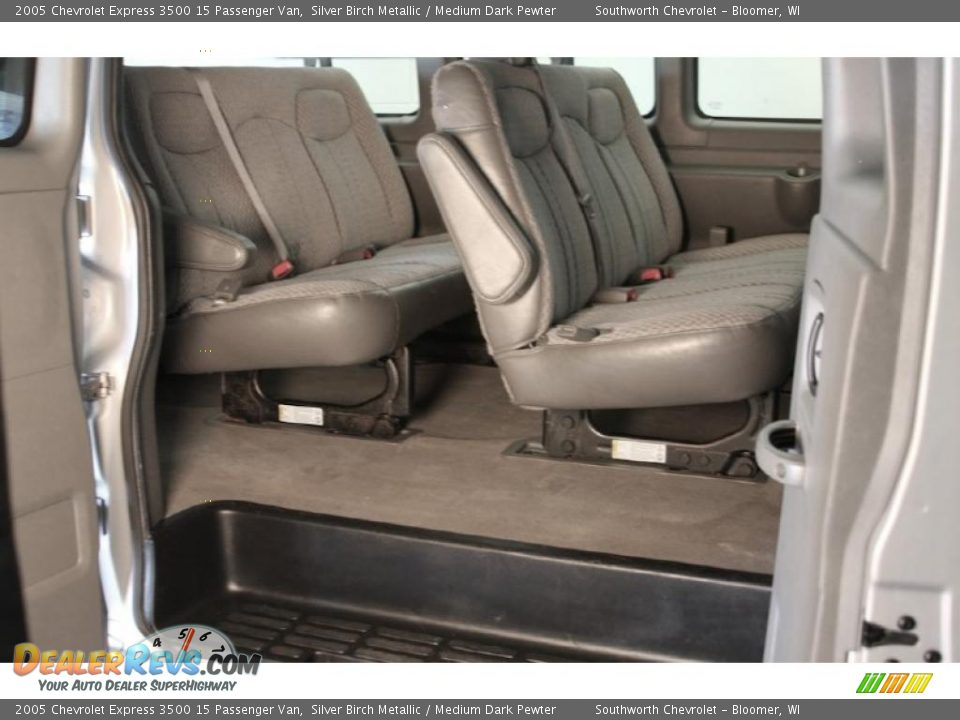 2005 Chevrolet Express 3500 15 Passenger Van Silver Birch Metallic / Medium Dark Pewter Photo #6