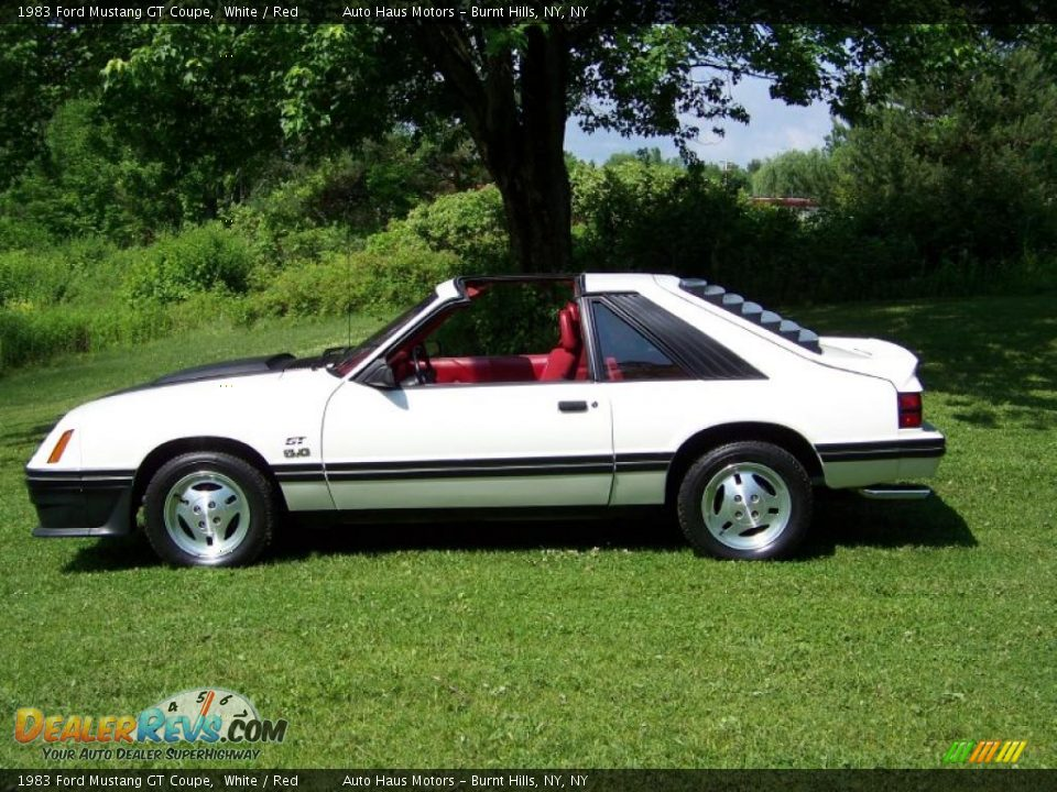 1983 ford mustang gt coupe white red photo 8. Black Bedroom Furniture Sets. Home Design Ideas