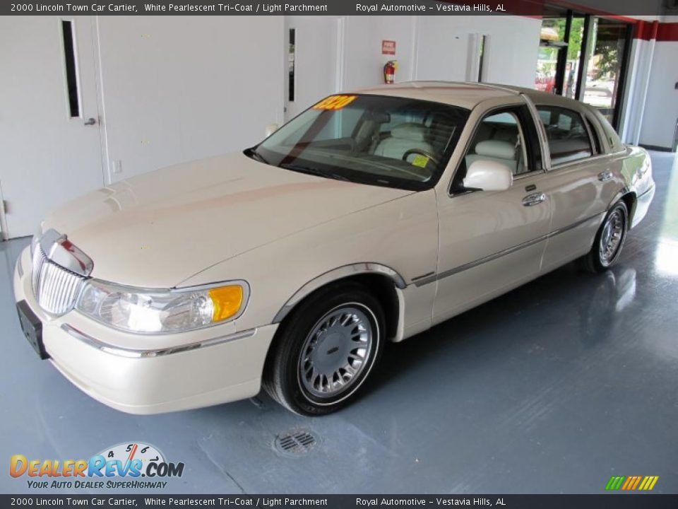 2000 lincoln town car cartier white pearlescent tri coat for State motors lincoln dealer manchester nh