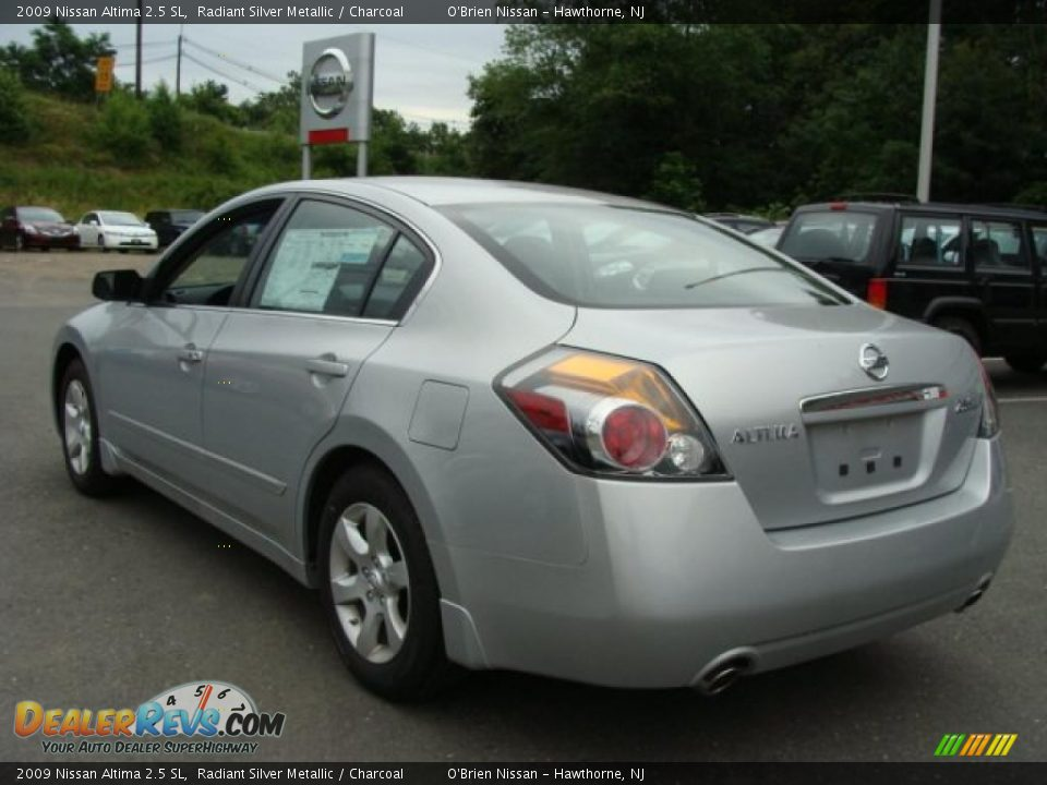 2009 Nissan Altima 2 5 Sl Radiant Silver Metallic Charcoal Photo 7 Dealerrevs Com