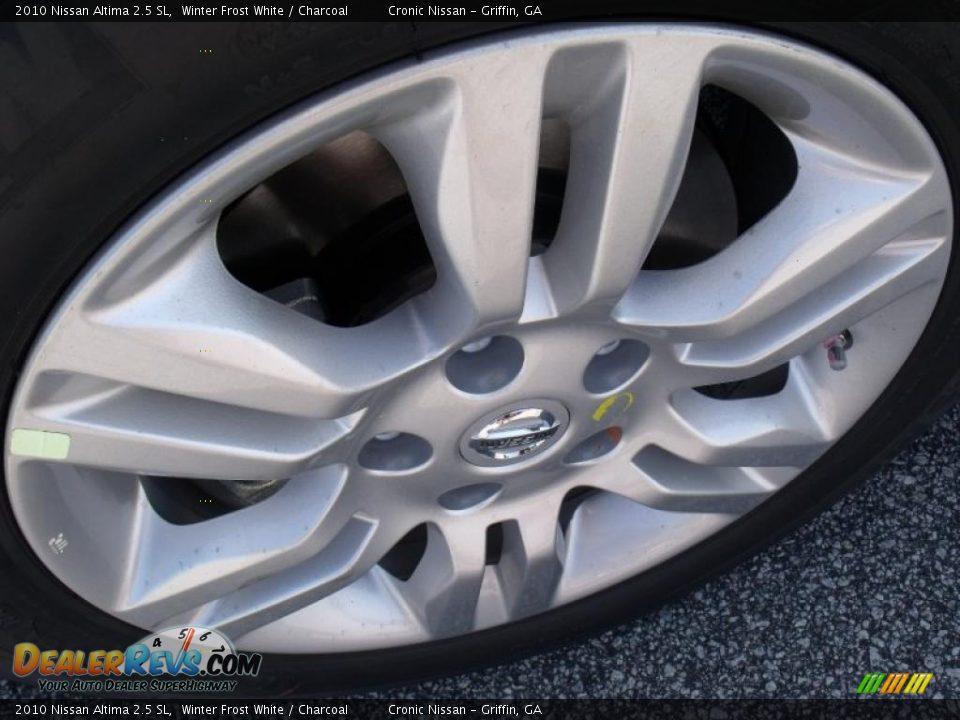 2010 Nissan Altima 2.5 SL Winter Frost White / Charcoal Photo #9 | DealerRevs.com