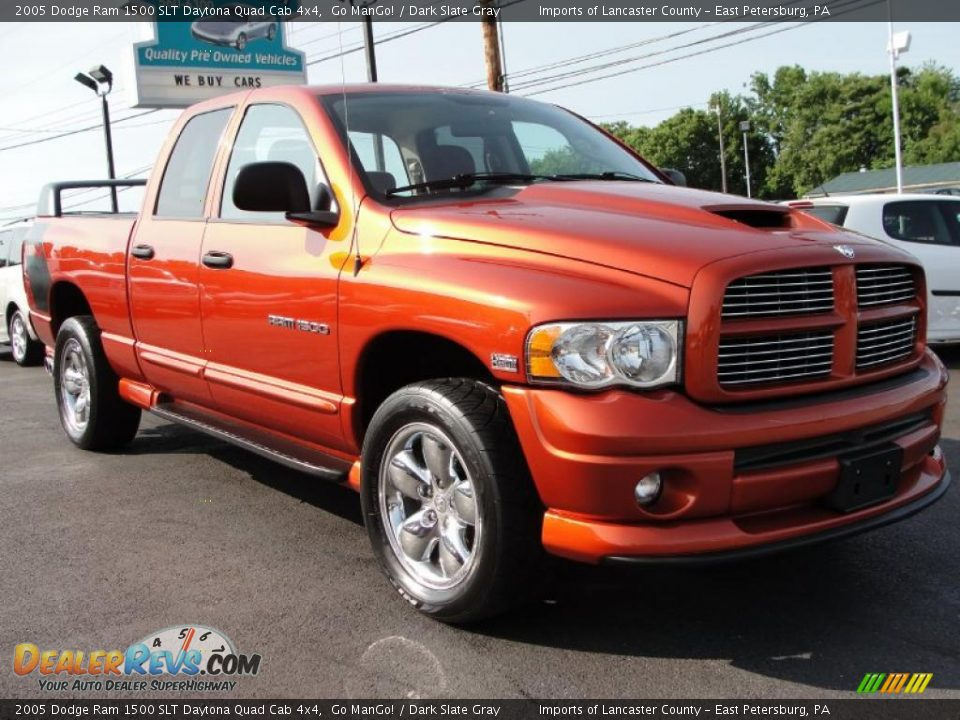 2005 dodge ram 1500 slt daytona quad cab 4x4 go mango dark slate gray photo 1. Black Bedroom Furniture Sets. Home Design Ideas