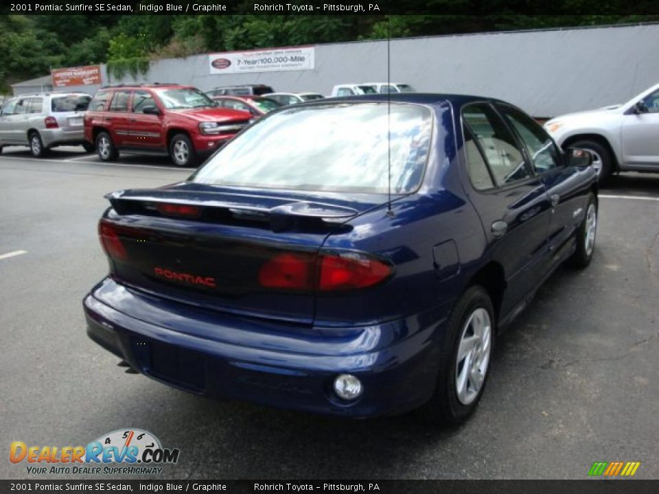 2001 Pontiac Sunfire SE Sedan Indigo Blue / Graphite Photo #4 ...