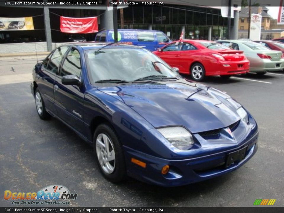 2001 Pontiac Sunfire SE Sedan Indigo Blue / Graphite Photo #6 ...