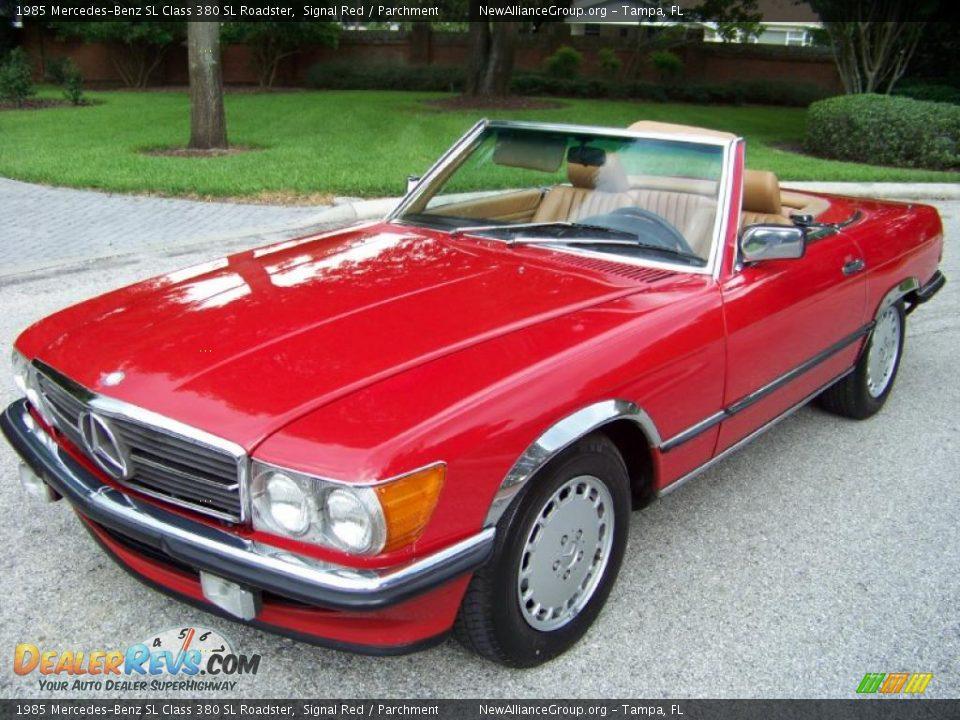 1985 mercedes benz sl class 380 sl roadster signal red for Mercedes benz 380 sl