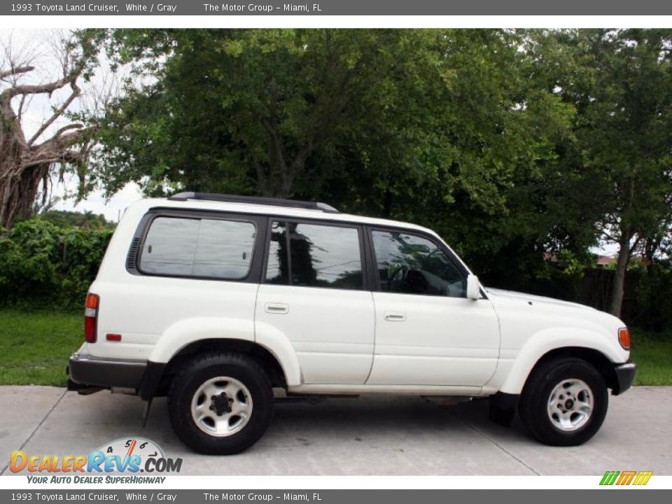 1993 Toyota Land Cruiser White Gray Photo 11