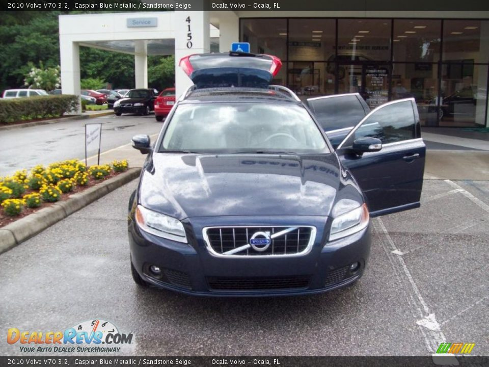 2010 Volvo V70 3.2 Caspian Blue Metallic / Sandstone Beige Photo #2 ...