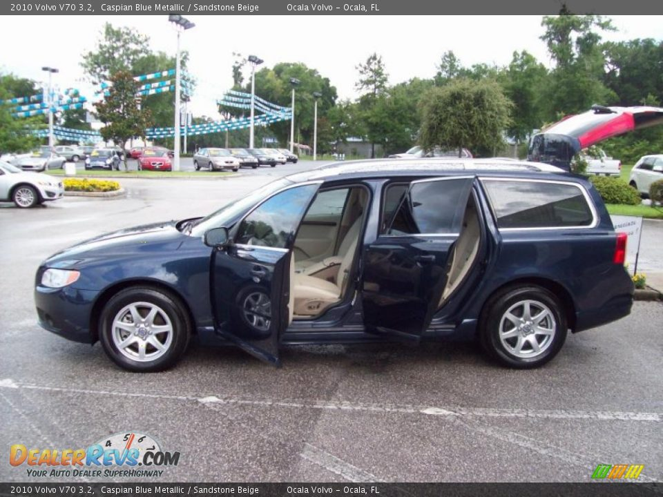 2010 Volvo V70 3.2 Caspian Blue Metallic / Sandstone Beige Photo #4 ...